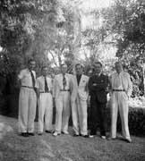 EFA cliché n° N512-010 : Départ des membres mobilisés pour Istanbul, puis la Syrie : P. Amandry, J. Roger, R. Martin, E. Will, J. Bousquet et H. Metzger, [septembre] 1939.