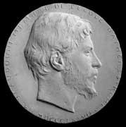 EFA cliché n° 62937 : Médaillon en plâtre représentant M. Beaudoin (photo P. Amandry, 1970).