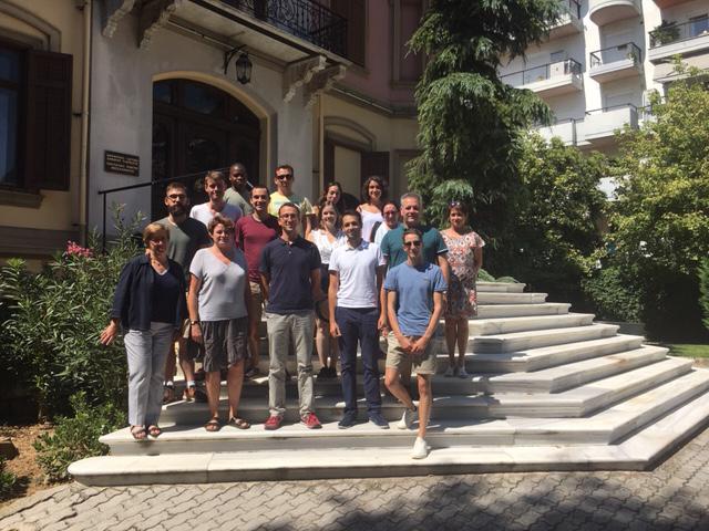 Septembre 2019- Participants au Séminaire de formation sur le perron de la Villa Kapadji