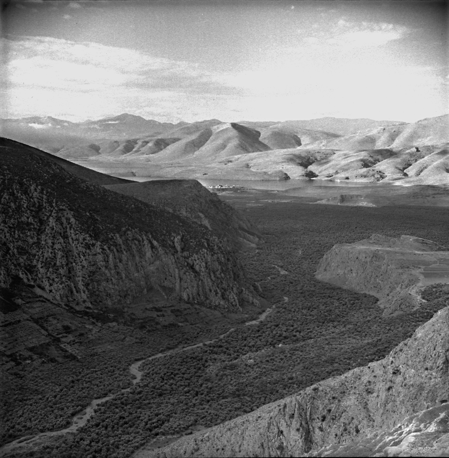 Campagne de fouilles en 1937