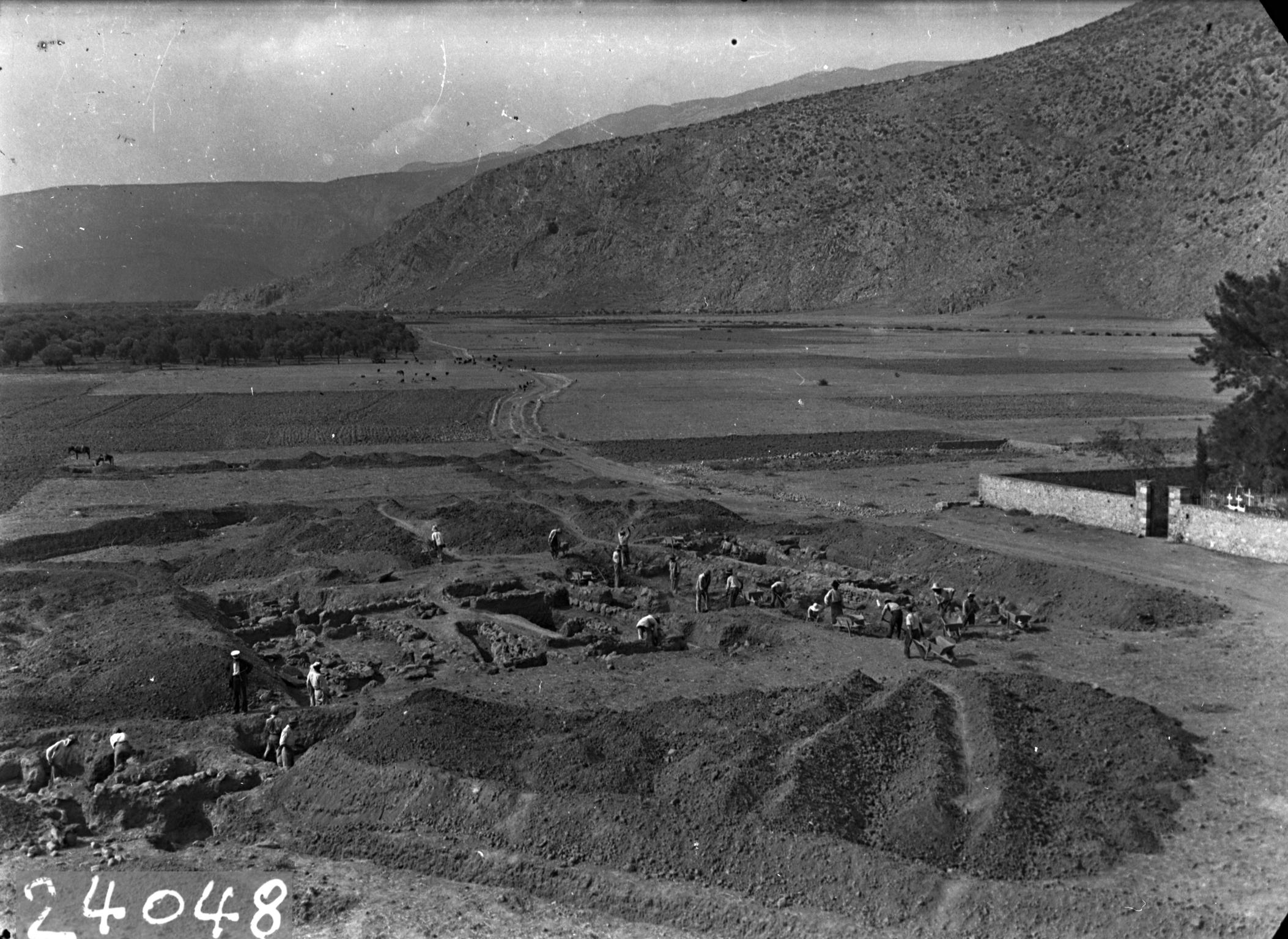 Campagne de fouilles en 1938