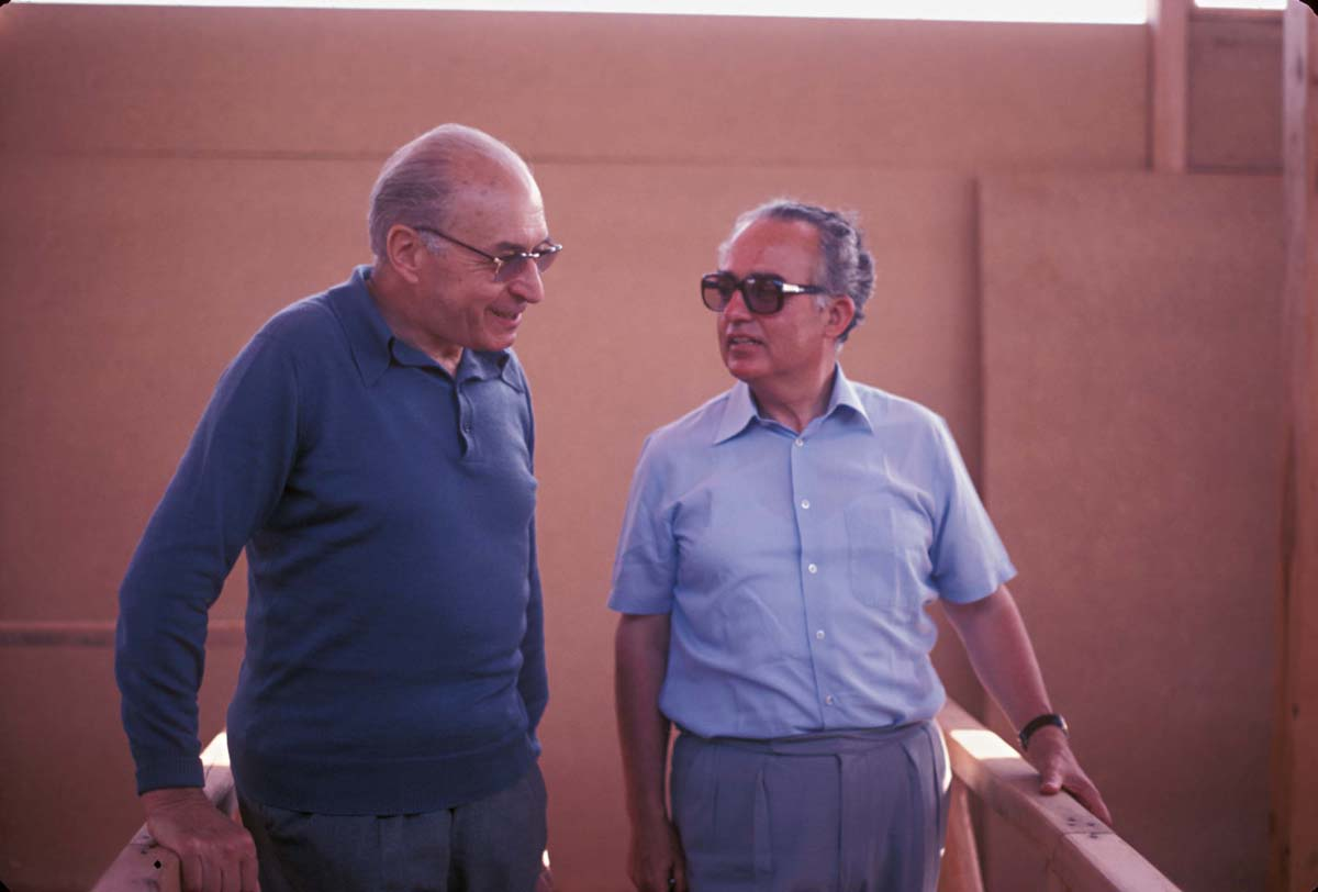 Pierre Amandry et Vassos Karageorghis, 1979 (F. & A. Hermary / Archives EFA, Y.2556)