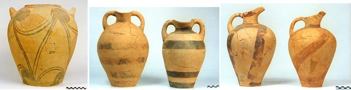Figure 3. Jarre, amphores et cruches du Quartier Mu (clichés Ph. Collet ©EfA).