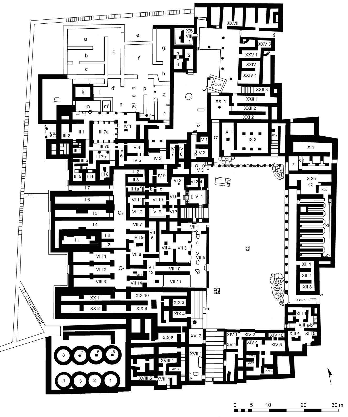 Figure 3. Plan du palais de Malia (phase finale), sur la base des plans dressés par E. Andersen (Pelon 1980, plan 28) et par M. Schmid et N. Rigopoulos (Pelon 2002, pl. XXXII). Les pièces (en chiffres arabes) sont précédées de la numérotation du Quartier auquel elles appartiennent (en chiffres romains) ©EFA